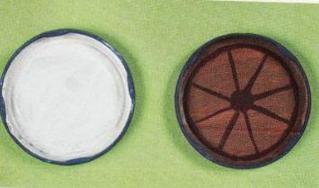 Сказочный паровозик из крышек и железных банок (5) (355x209, 55Kb)