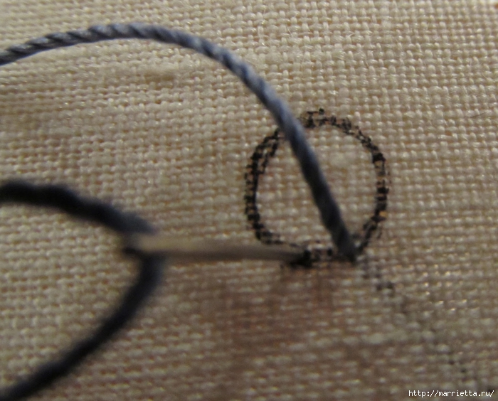 Спиральный шов в вышивке. Два фото мастер-класса (4) (700x564, 285Kb)