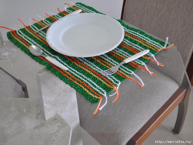 Салфетки крючком для сервировки стола (3) (640x480, 232Kb)
