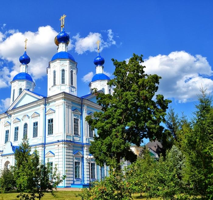 1633-Hram-Kazanskoj-ikony-Bozhiej-Materi-v-Tambove (700x659, 647Kb)