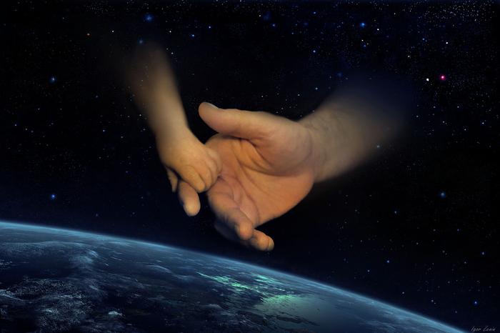 Он держит весь мир в своей руке минус