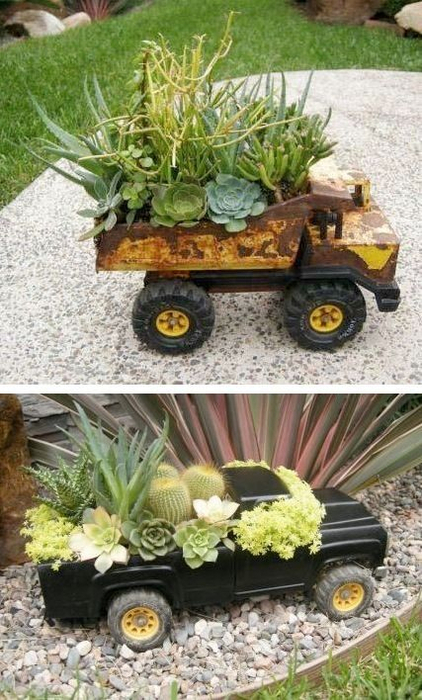24-Creative-Garden-Container-Ideas-Use-toy-trucks-as-planters-11 (422x700, 365Kb)