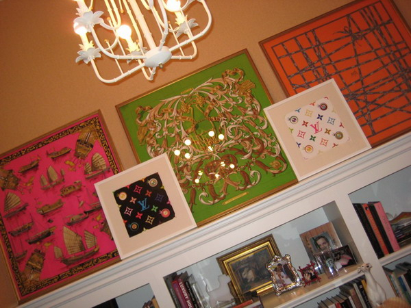 framed-silk-scarves-as-wall-art4-5 (600x450, 295Kb)