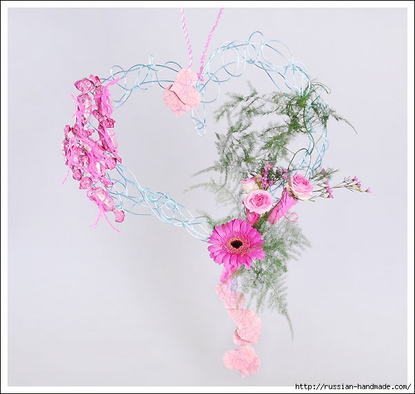 Панно в форме сердца ко дню святого Валентина (11) (602x572, 142Kb)