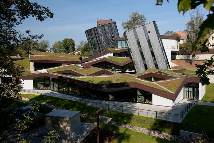 современная архитектура молодежный центр Zeimuls 1 (700x465, 403Kb)