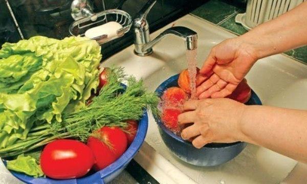 правильно моем овощи и фрукты