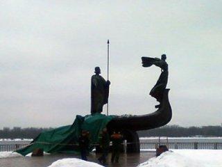 Кий и Хорив (320x240, 10Kb)