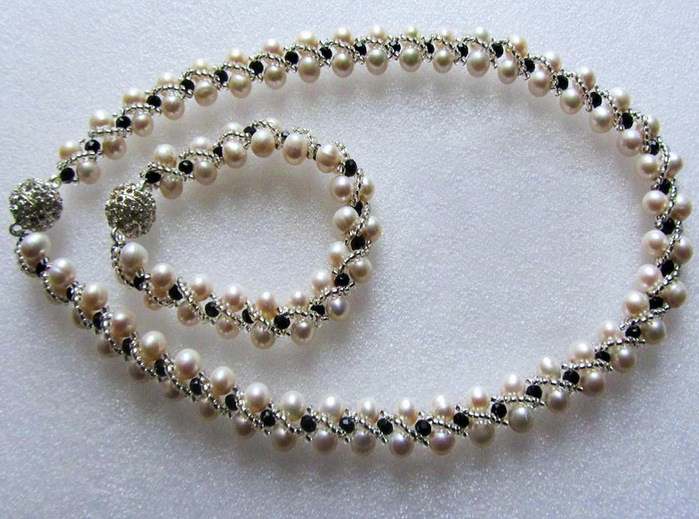 free-beading-tutorial-necklace-pearl-pattern-1 (700x519, 145Kb)