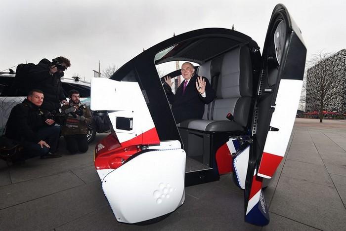 беспилотный городской электромобиль LUTZ Pathfinder 3 (700x468, 207Kb)