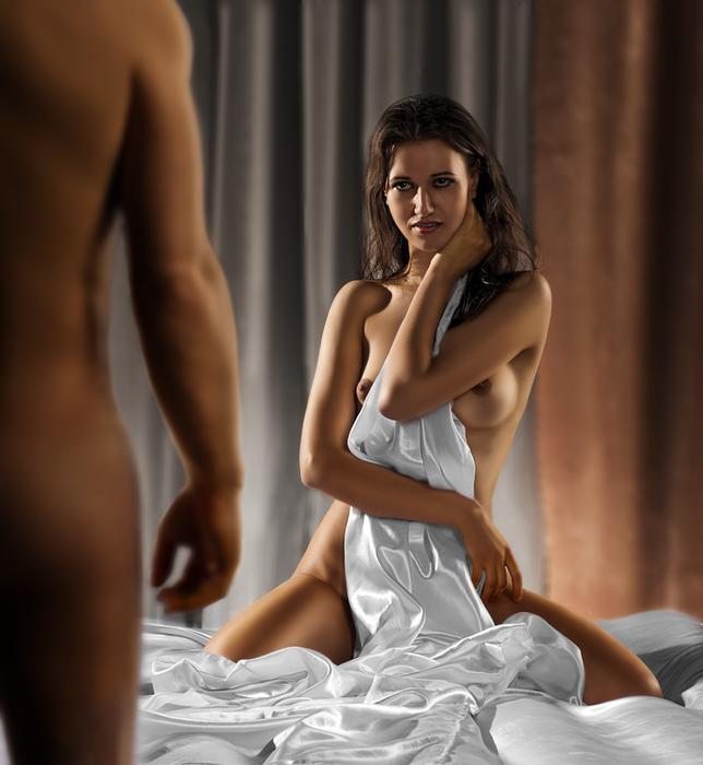 Обнаженная Перед Мужчиной