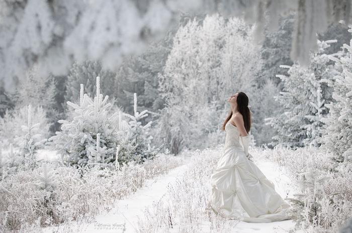 зима женщина (700x465, 212Kb)