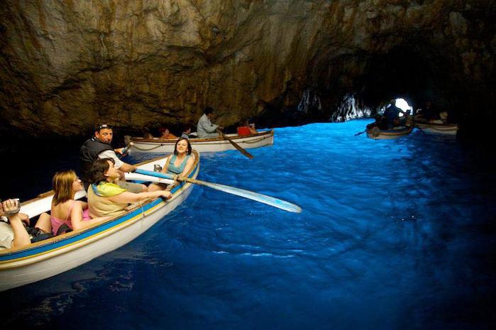 Grotta-Azzurra1 (700x465, 371Kb)