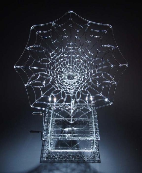 скульптуры из стекла Роберт Микельсон 11 (576x700, 288Kb)