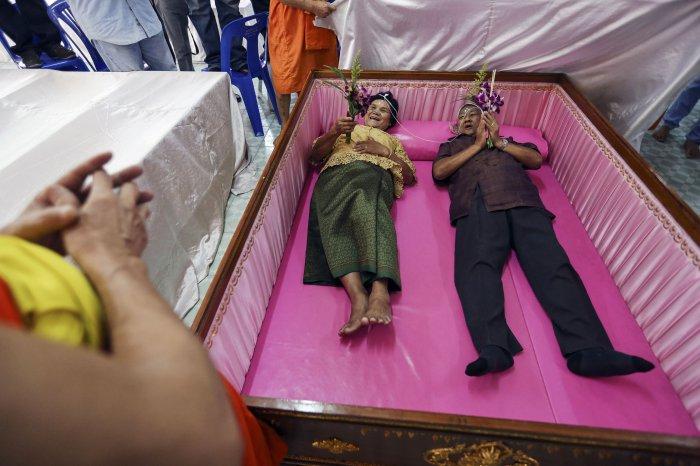 свадьба в гробу таиланд 3 (700x466, 257Kb)