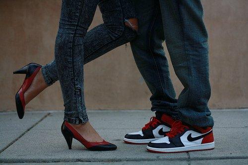 как мужчины выбирают кроссовки, почему мужчины любят носить кроссовки,/1424402802_9beede2ed3fa (500x332, 32Kb)
