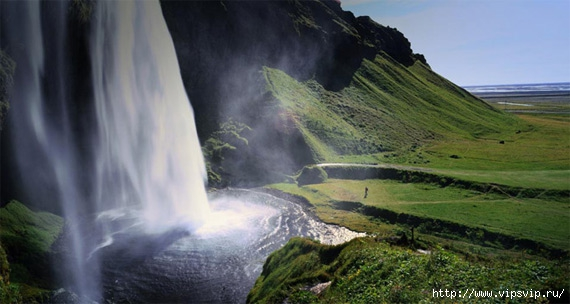 5745884_Vodopad_Selyalandfoss_Islandiya (570x304, 116Kb)