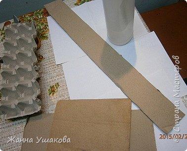 Поделки с яичных лотков кирпичики