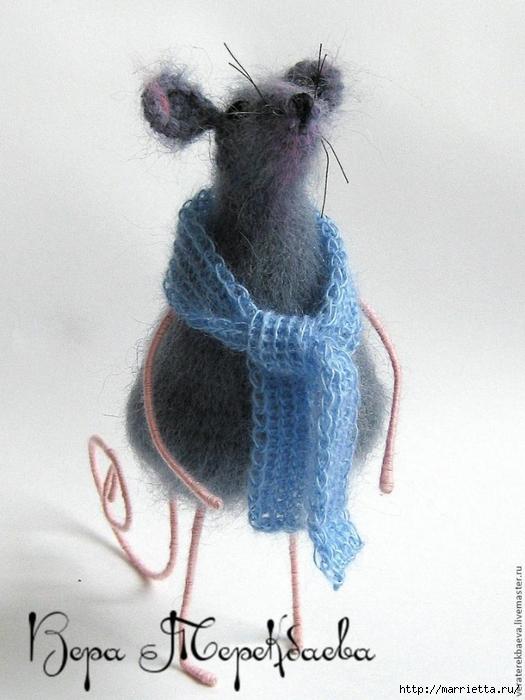 Мышка Сонечка спицами. Описание и мк (19) (525x700, 241Kb)