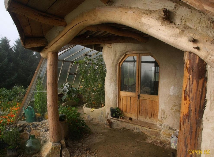 1320344732_hobbit_house_13[1] (700x511, 288Kb)