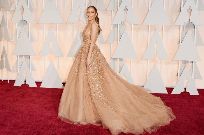Jennifer-Lopez (700x465, 67KB)