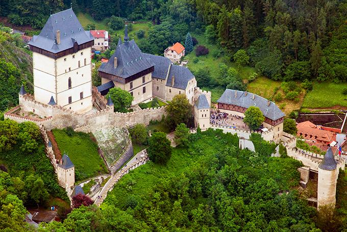 680-castle-hrad-karlstejn-czech (680x454, 294Kb)