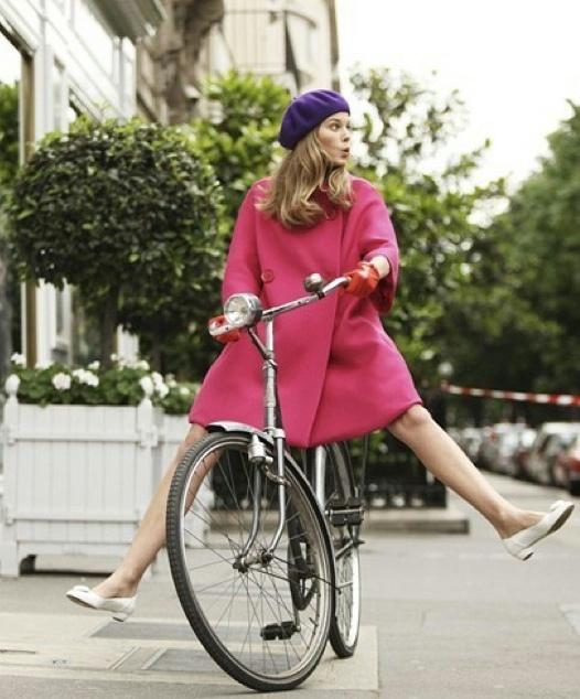 dziewczyna-na-rowerze[1] (526x634, 286Kb)