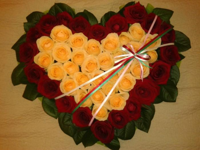 флористика при неоклассицизме, влияние стиля рококо на флористику, флористика и стиль барокко, развитие флористики в эпоху ренесанса, флористика-развитие в европе, хризантема-цветок востока часть 2, хризантема-цветок востока часть 1, выбираем букет на годовщину свадьбы, цветы для знаков зодиака, тюльпаны - вестники весны, основные правила построения икебаны с искусственными ветками, цветы на 9 мая, виды мужского букета, правила выбора букета для мужчины, розы история и символика, корзины цветов – сказочные лукошки, свадебная флористика-неиссякающая тема, тайный язык букета, инструменты и оборудование необходимые для работы флориста, флористика виды техник засушивания,/4907394_378381 (700x525, 252Kb)