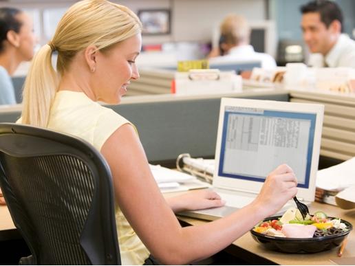 Работая над своим карьерным ростом не забудьте за правильное питание!
