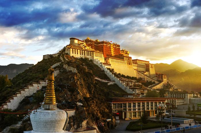Дворец_Потала,_Тибет (700x465, 426Kb)
