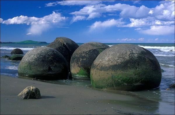 каменные-шары-коста-рики-2 (600x395, 72Kb)
