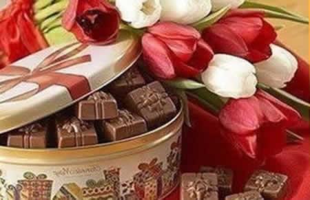 Подарок на 8 марта цветы
