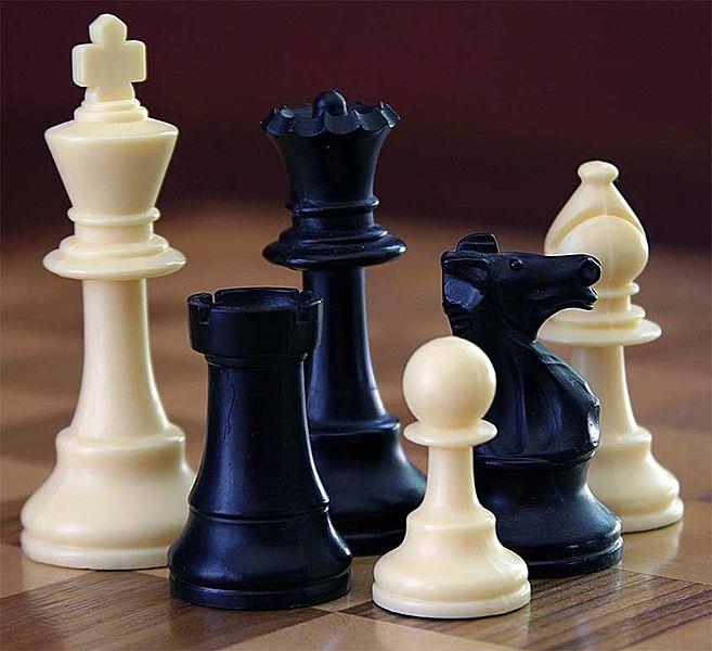 657px-ChessSet (657x600, 53Kb)