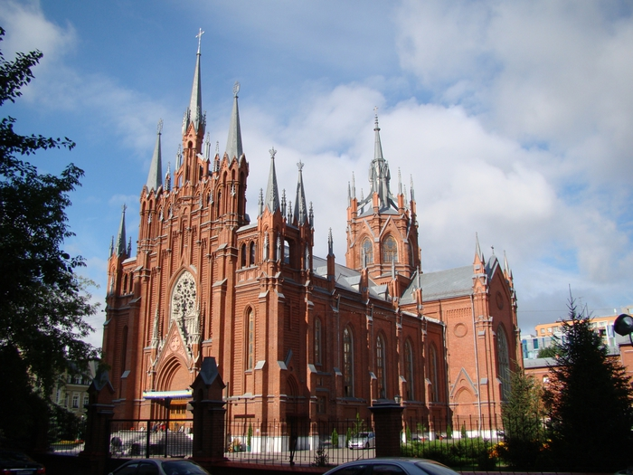 3418201_2012_07_19_101_Cathedral_of_the_Immaculate_Conception_of_the_Holy_Virgin_Mary_Moscow_DSC00348 (700x525, 291Kb)