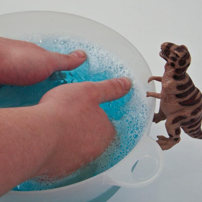 Молды своими руками из силиконового герметика и крахмала