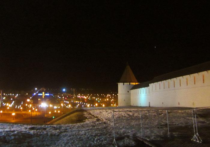 Казанский кремль 1 (700x489, 178Kb)