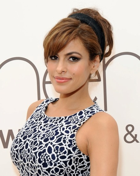 eva-mendes-sweatpants-19mar15 (456x573, 84Kb)
