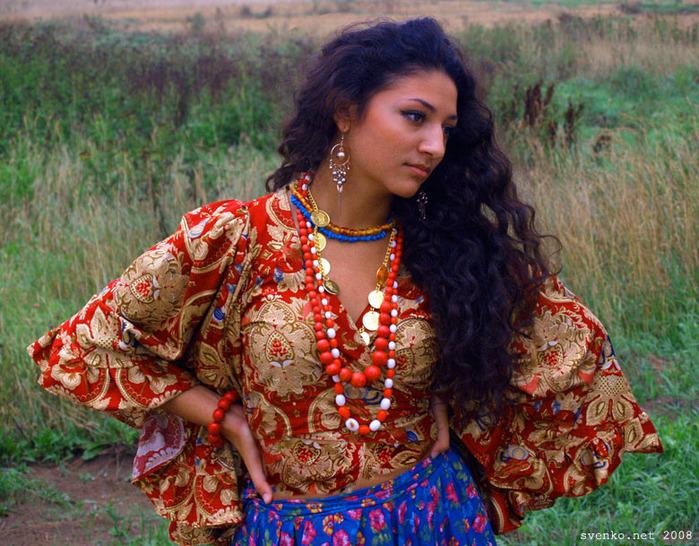 Фото женщин циганок 16 фотография