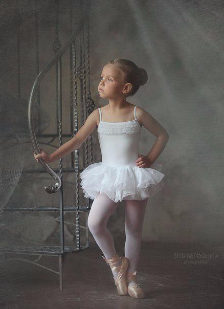 Маленькая балерина1 (438x604, 118Kb)