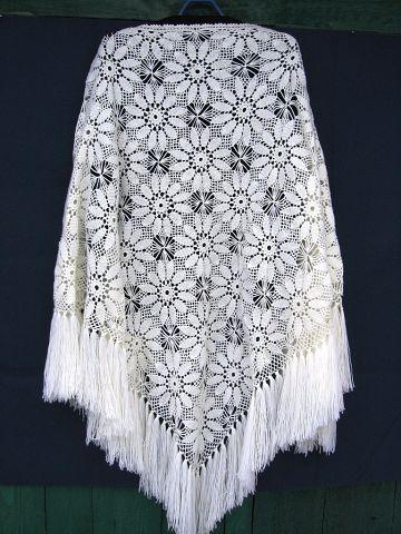 шаль белая из цветочных мотивов крупных (360x480, 154Kb)
