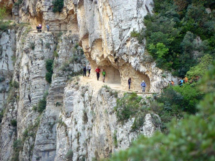 горное ущелье Монт-Ребеи Испания 6 (700x525, 427Kb)