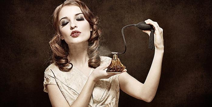 1868538_parfum (700x353, 181Kb)