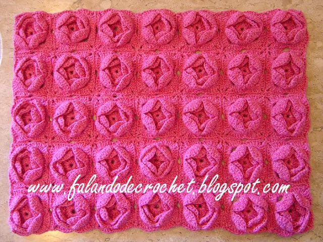 TAPETE DANIELA - SQUARES FLORES PINK 4 025aass 2 (640x480, 150Kb)