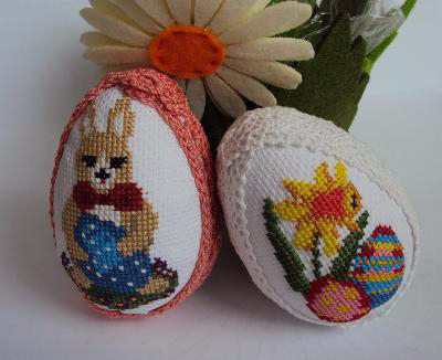 Миниатюрная вышивка для пасхальных яиц. Схемы (17) (400x326, 99Kb)
