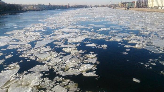 лёд на неве (700x392, 77Kb)