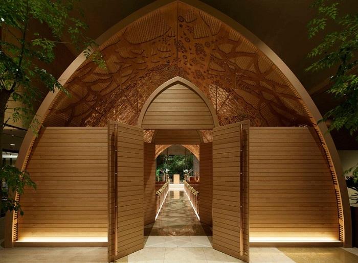 красивая деревянная часовня 1 (700x515, 376Kb)