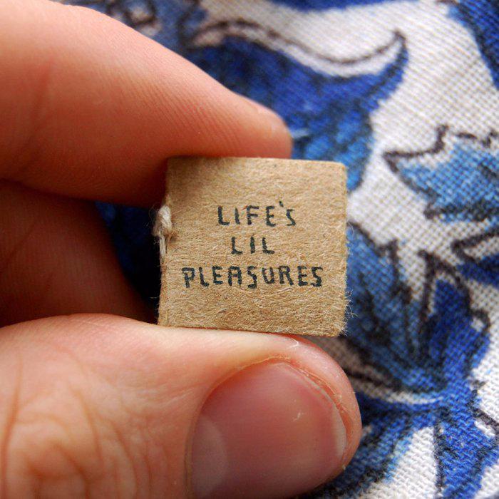 миниатюрная книга  Life's Lil Pleasures 2 (700x700, 402Kb)