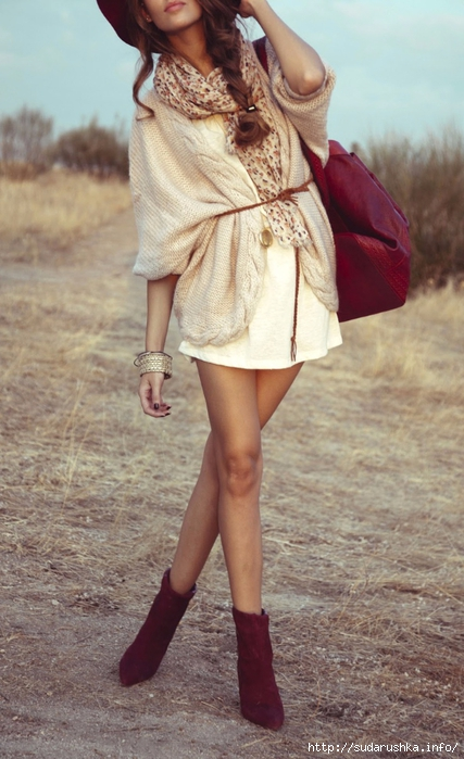 Boho-Chic-Style-Love-The-Combination-Of-Cream-With-Bordeaux.-With-A-Panty-This-Style-Is-Also-Great-For-Winter (427x700, 243Kb)