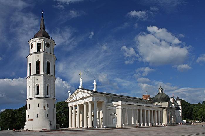1. Кафедральный собор (700x466, 358Kb)