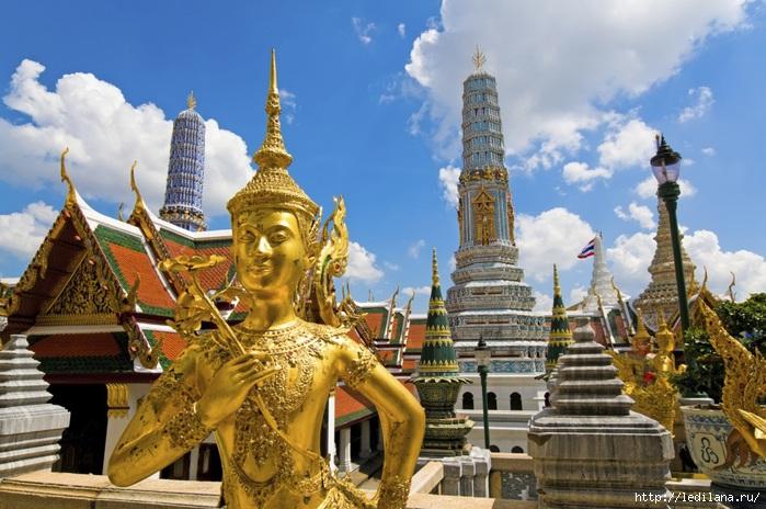 3925311_Bangkok__Bolshoi_Dvorec (700x464, 247Kb)