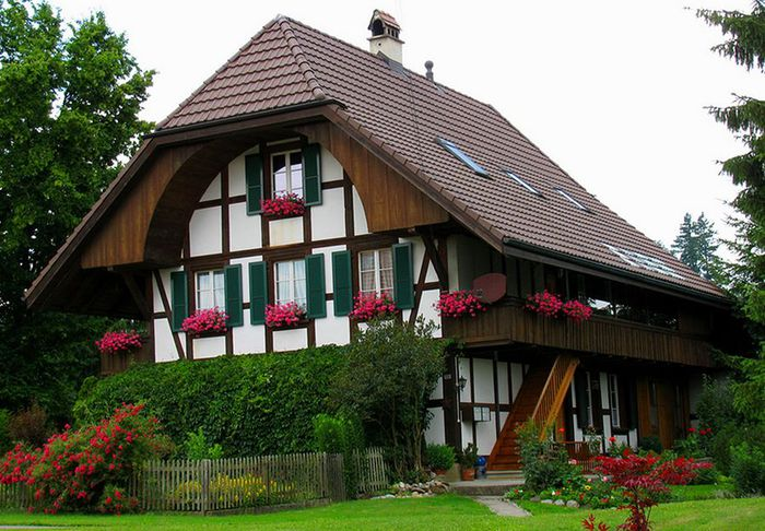 5688031_houses_in_the_Alps_2 (700x486, 87Kb)